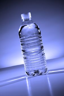 Free Water Bottle Stock Photography - 8105612