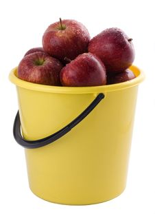 Free Red Apples In A Yellow Bucket Stock Photography - 8107282