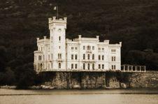 Free Castello Di Miramare Stock Photography - 8108892