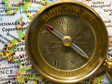Free Compass Stock Photography - 8110152