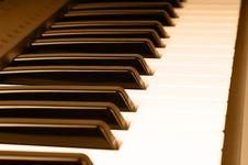 Free Piano Keyboard Royalty Free Stock Image - 8110226