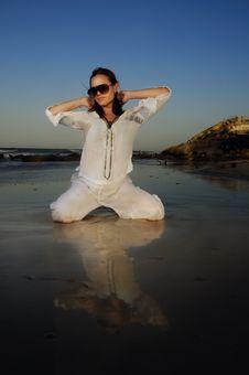 Free Fashion Woman On The Beach Stock Photo - 8112290