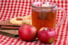 Apple Cinnamon Tea Royalty Free Stock Photos