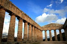 Columns, Segesta S Greek Temple, Sicily Royalty Free Stock Photography