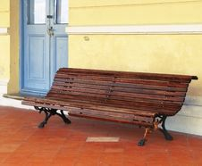 Free Station Bench Stock Photography - 8125602