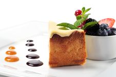 Cheese Cake With Fresh Berries Stock Photography