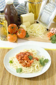 Free Spaghetti I A Plate Stock Photography - 8129942