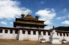 Free A Tibetan Lamasery Royalty Free Stock Photo - 8131265