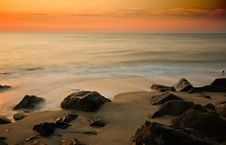 Free Early Morning On The Shore Royalty Free Stock Photo - 8131985