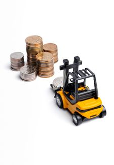 Free Yellow Toy Forklift And Money Royalty Free Stock Images - 8134699