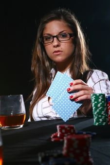 Beautiful Woman Who Playing Poker Royalty Free Stock Images