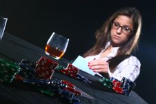 Free Beautiful Woman Who Playing Poker Royalty Free Stock Photography - 8135267