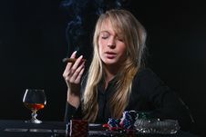 Free Beautiful Woman Who Playing Poker Royalty Free Stock Photo - 8135405