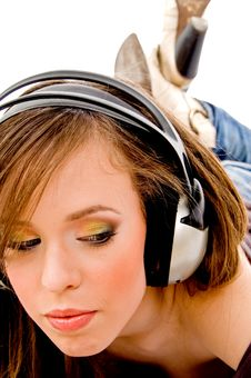 Free Close View Of Young Model Wearing Headphone Royalty Free Stock Image - 8143376