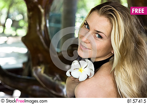 Free Lady With Flower Royalty Free Stock Photo - 8157415