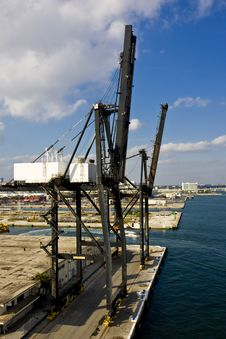 Free Freight Cranes At Harbor Stock Images - 8150744