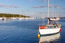 Free Sailing Boats Mooring At Croatian Islands Royalty Free Stock Images - 8151359