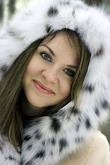 Free Lady In Fur Stock Photos - 8151673