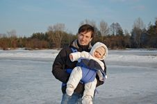 Free Father And Baby Stock Photography - 8154712
