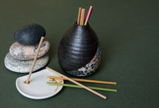Free Aromatic Sticks, Porcelain Stand And Japan Vase Royalty Free Stock Photography - 8154967