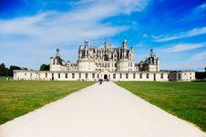 Free Ch�teau De Chambord - Vall�e De La Loire Royalty Free Stock Photo - 8160925