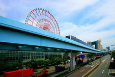 Free Tokyo Street Viaduct And The Ferris Wheel Royalty Free Stock Photos - 8163248