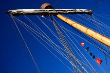 Free Main Mast Caravel Royalty Free Stock Photos - 8163978