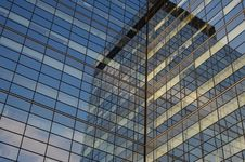 Free Modern Glass Building Royalty Free Stock Photography - 8164107