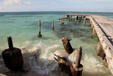 Free Tropical Island Pier And Blue Ocean Stock Photos - 8165623