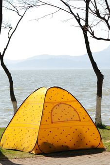 Free Tent Royalty Free Stock Images - 8169139