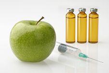 Free Apple, Medical Drugs Syringe Stock Images - 8174854