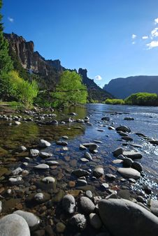 Free River And Rocks Royalty Free Stock Photography - 8179097