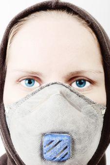 Free Girl Wearing A Respirator Stock Photos - 8182823