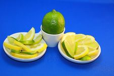 Free GREEN AND YELLOW Lemon Royalty Free Stock Photography - 8182907