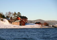 Free Houses On A Winter Shore Royalty Free Stock Image - 8186546