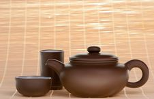 Free Chinese Teapot With Cups Royalty Free Stock Photo - 8188415