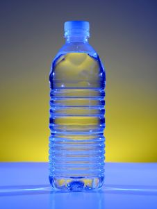 Free Water Bottle Royalty Free Stock Photos - 8190858