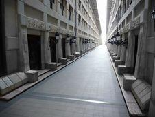 Free Long Ancient Corridor Royalty Free Stock Photo - 8191605