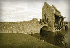 Free Colorized Ancient Medieval Raplica Bridge Royalty Free Stock Photo - 8193415