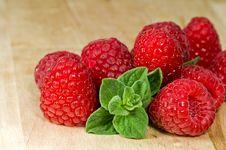 Free Fresh Ripe Raspberry Stock Photography - 8198932