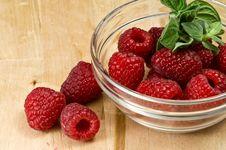 Free Fresh Ripe Raspberry Royalty Free Stock Photography - 8199137