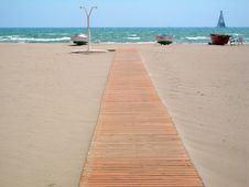 Free Footbridge To The Beach Stock Photography - 820652