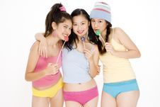 Free Three Teens Royalty Free Stock Photo - 822855