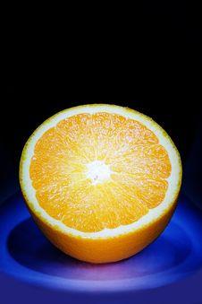 Free Half Of Orange Royalty Free Stock Image - 823756