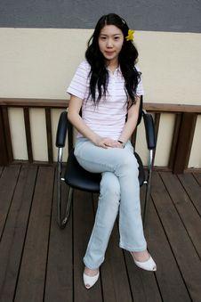 Free Asian Girl Sitting Royalty Free Stock Photos - 827668