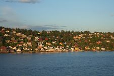Free Village At Oslo Fjord Royalty Free Stock Photos - 827988