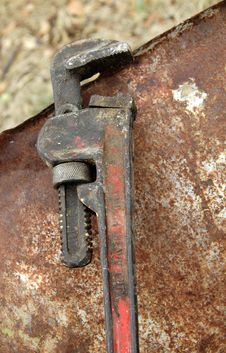 Free Old Wrench Royalty Free Stock Images - 8200869