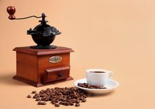 Free Coffee Grinder And Cup With Fragrant Coffee Royalty Free Stock Photography - 8202687