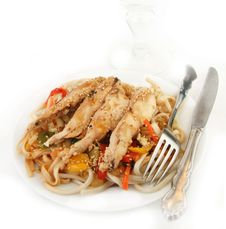Free Grilled Chicken On Udon Noodles With Vegetables Stock Photo - 8202950