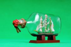 Free Vintage Sailboat Model In Bottle Royalty Free Stock Images - 8204379